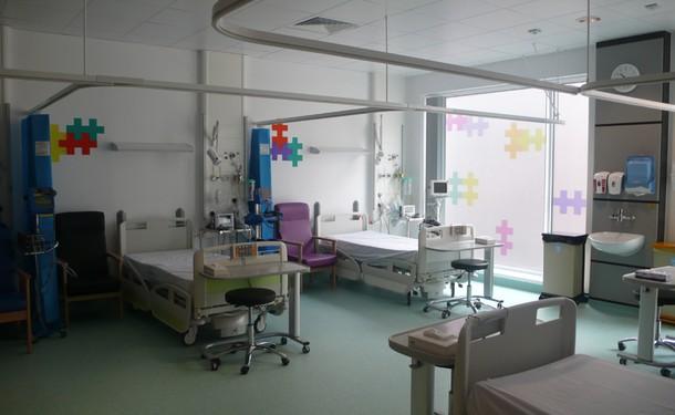 Projects Royal Bristol Infirmary / CIU Room