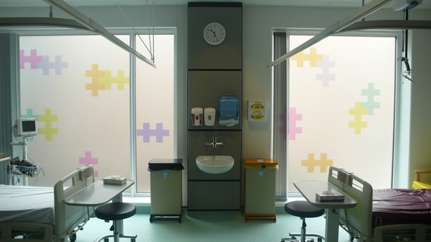 Projects Royal Bristol Infirmary / CIU Room