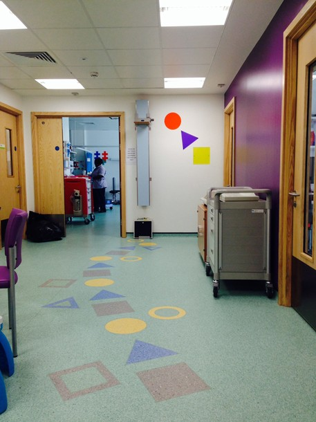 Projects Royal Bristol Infirmary / CIU Waiting area