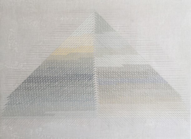 Marta Marce: Tabula Rasa (triangle greys), 2018